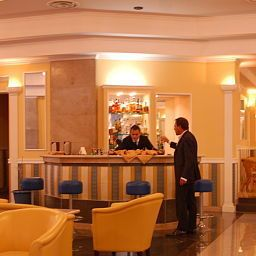 Bar Grand Hotel Plaza Fotos