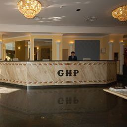 Reception Grand Hotel Plaza Fotos