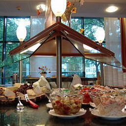 Buffet Park Inn by Radisson Köln City West Fotos