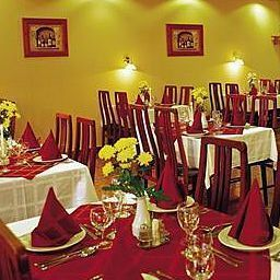 Breakfast room within restaurant Touring Fotos