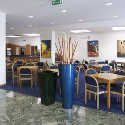 Restaurant Holiday Inn Express FOLIGNO Fotos