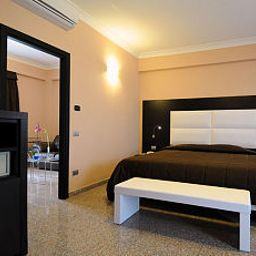 Camera Euro House Suites Rome Airport Fotos