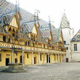 Kyriad - Beaune Fotos
