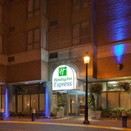 Außenansicht Holiday Inn Express TORONTO DOWNTOWN Fotos