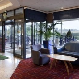 Hall JCT.9 Holiday Inn LUTON-SOUTH M1 Fotos