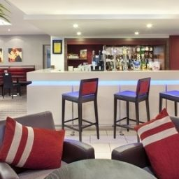 Bar Holiday Inn Express WARWICK - STRATFORD-UPON-AVON Fotos
