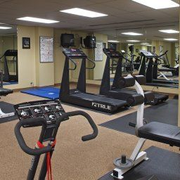 Wellness/fitness Club Quarters in Boston  CQ Fotos