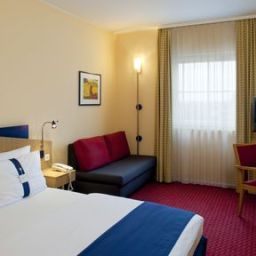 Room Holiday Inn Express FRANKFURT AIRPORT Fotos