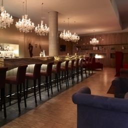 Bar art'otel city center west by park plaza Fotos