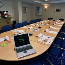 Conference room Holiday Inn Express LONDON - LUTON AIRPORT Fotos
