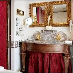 Bathroom Villa Royale Pigalle Fotos
