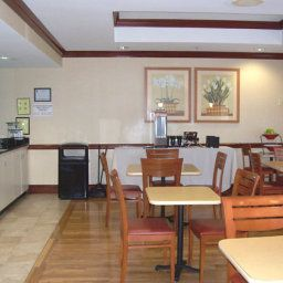 Restaurant Fairfield Inn & Suites Macon Fotos