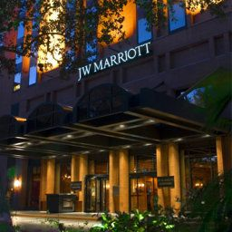 Фасад JW Marriott Houston Fotos