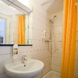 Bathroom Transit Loft Internationales Jugendhotel Fotos
