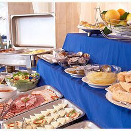 Buffet Continental Suceava Fotos