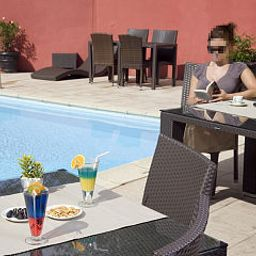 Pool Akena Relais Mâcon Centre Fotos