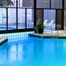Piscine Crowne Plaza NEWARK AIRPORT Fotos