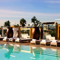 Pool SLS Hotel at Beverly Hills Fotos