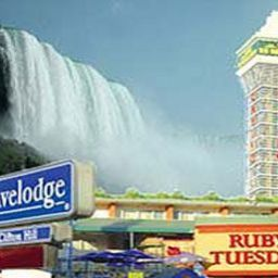 Widok zewnętrzny at the Falls Travelodge Niagara Falls Fotos