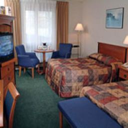 Room at the Falls Travelodge Niagara Falls Fotos