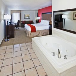 Suite Holiday Inn Express Hotel & Suites OKLAHOMA CITY-PENN SQUARE Fotos
