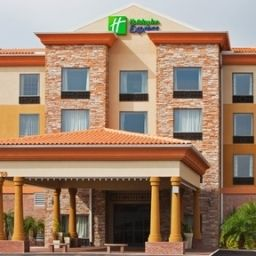Holiday Inn Express Hotel &amp; Suites TAMPA STADIUM AIRPORT AREA Tampa