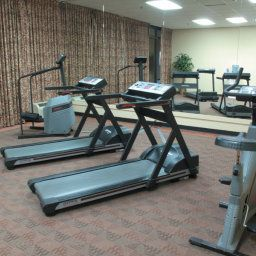 Wellness/fitness La Quinta Inn & Suites Elmsford Fotos