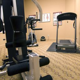 Wellness/fitness area Executive Royal Hotel Calgary Fotos