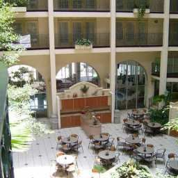 Hall Embassy Suites Hotel® El Paso Fotos