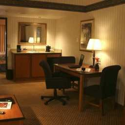 Suite Embassy Suites Hotel® El Paso Fotos