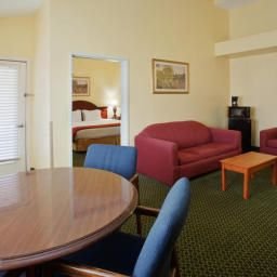 Suite Holiday Inn Express Hotel & Suites ARLINGTON (SIX FLAGS AREA) Fotos