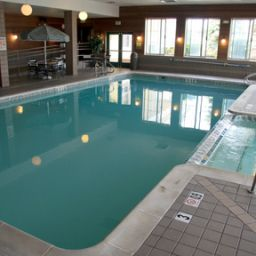 Pool Holiday Inn Express Hotel & Suites ALLEN PARK-DEARBORN Fotos