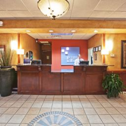 Hall Holiday Inn Express Hotel & Suites OKLAHOMA CITY-ARPT-MERIDIAN AV Fotos