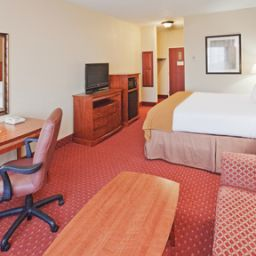 Camera Holiday Inn Express Hotel & Suites OKLAHOMA CITY-ARPT-MERIDIAN AV Fotos
