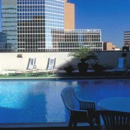 Pool Hilton Houston PlazaMedical Center Fotos
