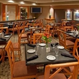 Restaurant NY - WOLF ROAD Holiday Inn ALBANY Fotos