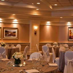 Salle de banquets NY - WOLF ROAD Holiday Inn ALBANY Fotos