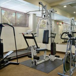 Wellness/fitness area Ramada Yonkers Fotos