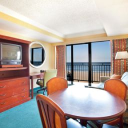 Suite Holiday Inn Express Hotel & Suites VA BEACH OCEANFRONT Fotos