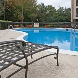 Pool Hampton Inn AtlantaAirport Fotos