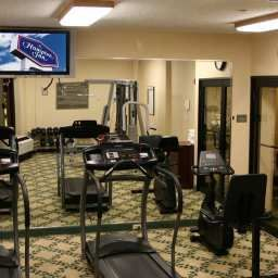 Wellness/Fitness Hampton Inn Carlstadt At The Meadowl Fotos