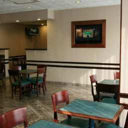 Restaurante Hampton Inn Carlstadt At The Meadowl Fotos