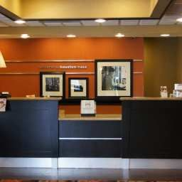 Холл Hampton Inn  Suites Houston Clear LakeNASA Fotos