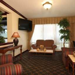 Halle Hampton Inn SecaucusMeadowlands Fotos