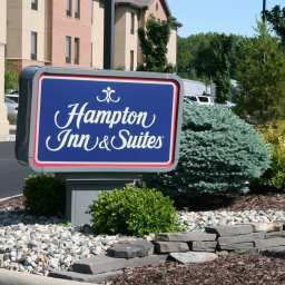 Exterior view Hampton Inn  Suites North Toledo Ohio Fotos