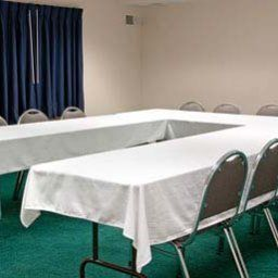Conference room Ramada Waukesha Hotel Fotos