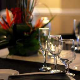 Restaurante DoubleTree by Hilton Wood Dale - Elk Grove Fotos