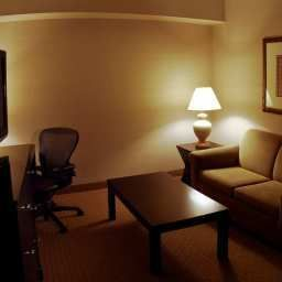 Suite DoubleTree by Hilton Wood Dale - Elk Grove Fotos