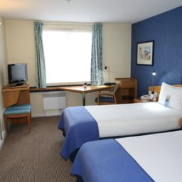 Pokój Holiday Inn Express SOUTHAMPTON - WEST Fotos