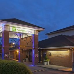 JCT.12 Holiday Inn Express GLOUCESTER - SOUTH M5 Gloucester